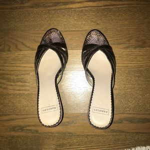 Harolds Wedge Sandals - Size 9.5